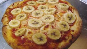 banana-pizza-what-the-food-03